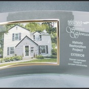 "IR-CE6510   3"" x 7 1/2"" Jade Glass Crescent with 7"" x 5"" Picture Frame"